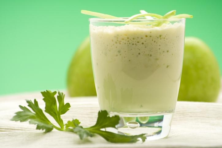 Pineapple-Juice-And-Cucumber-To-Clean-The-Colon-And-Lose-Weight-In-7-Days
