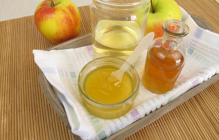 Apple-Cider-Vinegar-And-Honey-For-Gout